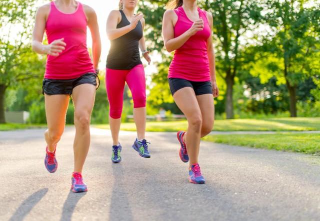 Tips-Agar-Tubuh-Cepat-Langsing-dengan-Olahraga-Lari-1024x709