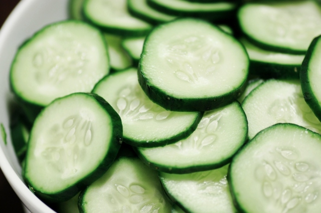 professional-voice-blog-foods-to-keep-you-hydrated-water-hydration-cucumber-recipe-health-diet-weight-loss-cucumber-mint-greek-yogurt-gazpacho-healthy-living-health-weight-metabolism-col