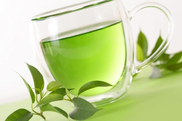 green-tea-in-a-cup