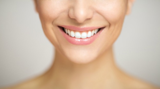 teeth-white_625x350_71456471531